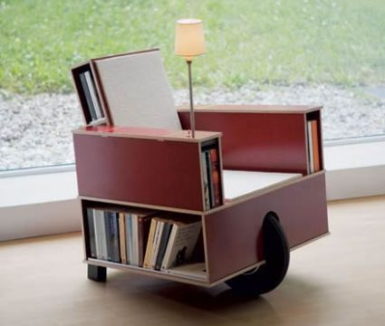 Reading chair on wheels with storage